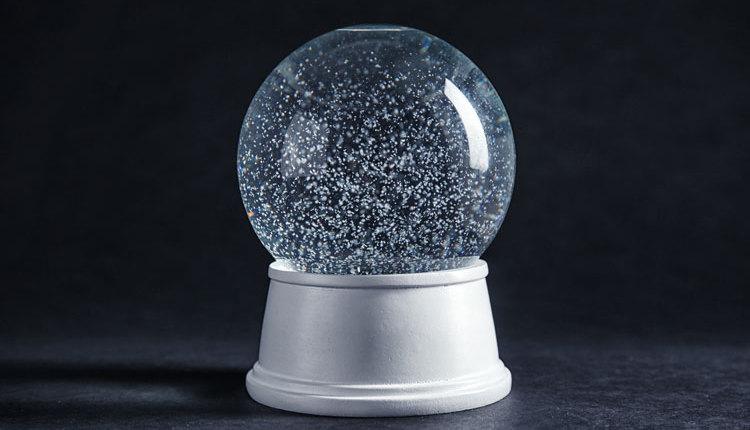 Donnay-snow-globe